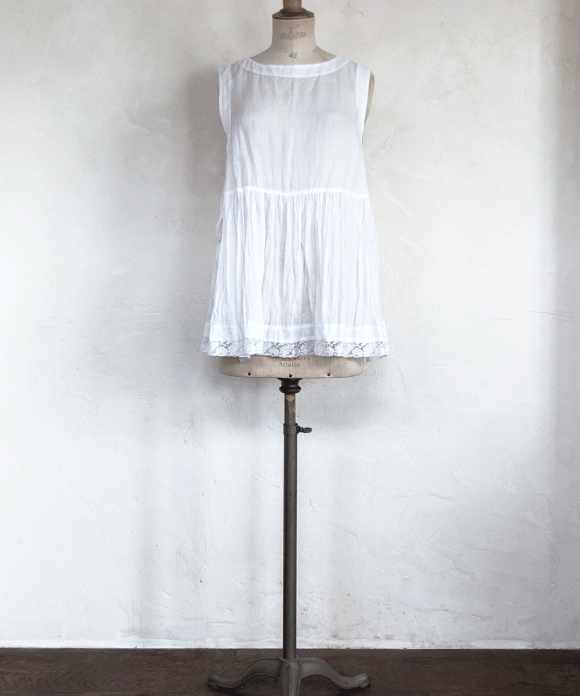 "【""Artisan"" Collection】BOAT NECK PEPLUM TOP"