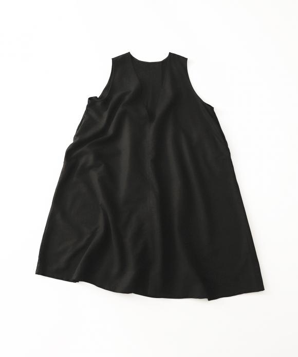 ディープVネックノースリーブドレス