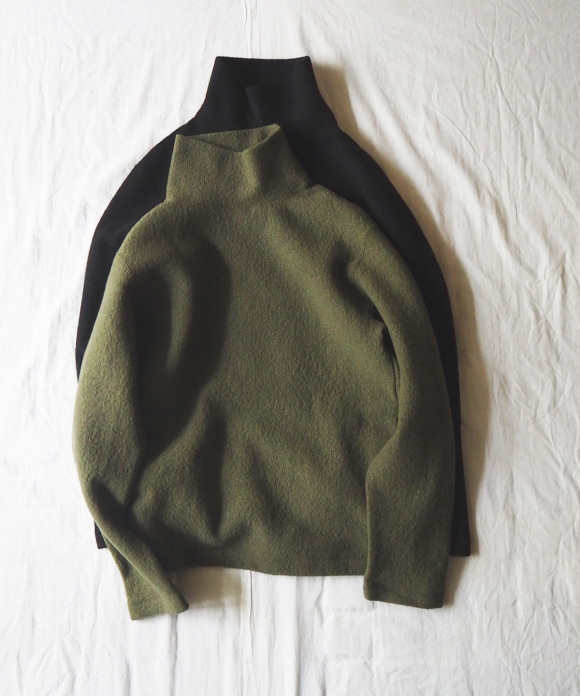 Wool Boucle High Neck Pullover