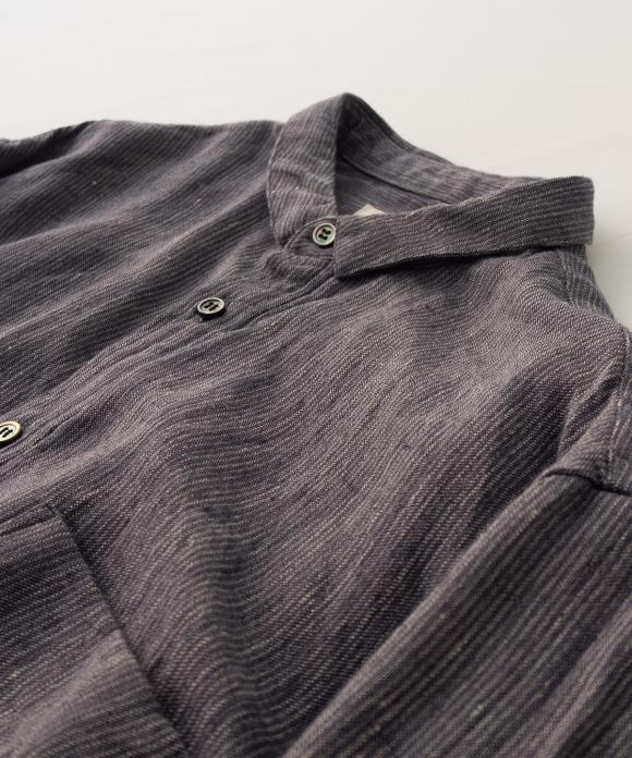 リネンストライプボタンダウンシャツ